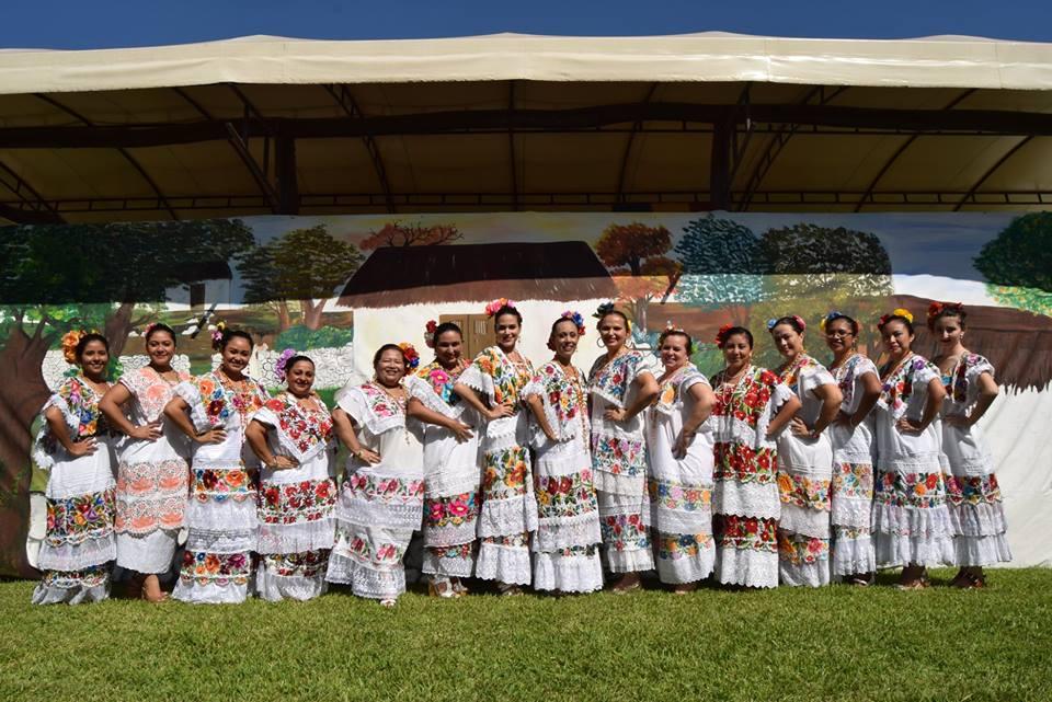 Tradiciones y costumbres en un ambiente multicultural